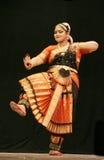 Kumari Sharanya effettua il ballo di Bharatanatyam Fotografia Stock Libera da Diritti