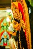 Kumartuli, Zachodni Bengalia, India, Lipiec 2018 Gliniany idol w budowie przy sklepem bogini Durga Durga puja jest oczekuję obraz royalty free