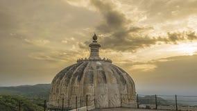Kumbhalgarh堡垒山圆顶和看法  图库摄影