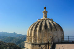 Kumbhalgarh dome and view of mountains/valley. Royalty Free Stock Photography