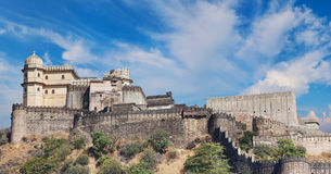 Kumbhalgarh fortpanorama Rajasthan Indien Arkivfoto