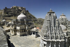 Kumbhalgarth Fort & temple - Rajasthan - India. Kumbhalgarth hilltop fort with Hindu temples in the foreground.  In the Aravalli Hills near Udaipur in the Royalty Free Stock Photos