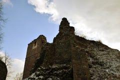 Kumburk - ruine de château en hiver images stock