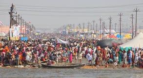 Kumh Mela节日的印度献身者 免版税库存照片