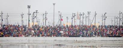 Kumh Mela节日的印度献身者 免版税库存图片