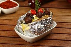 Kumpir - Turkish испеченная смешанная картошка Стоковые Фото