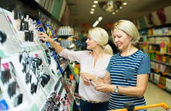 Kunden im Schönheitsabschnitt Lizenzfreie Stockfotografie
