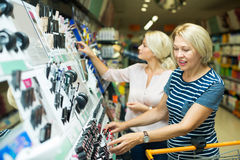 Kunden im Schönheitsabschnitt Stockfoto