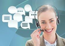 Kundenbetreuungsservice-Frau mit Chatblasen Lizenzfreie Stockbilder