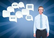 Kundenbetreuungsservice-Mann mit Chatblasen Lizenzfreie Stockfotografie