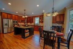Kundenspezifischer Küchen-Raum stockfoto
