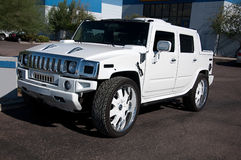 Kundenspezifisches großes SUV Stockfotos