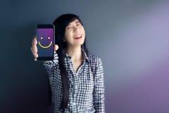 Kunderfarenhetsbegrepp, lycklig kvinnashow utmärkt klassa w Arkivfoton