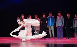 Kung傅这历史样式歌曲和舞蹈戏曲不可思议的魔术-淦Po长的袖子  免版税库存照片