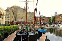 Kungarike för St Katharine Docks Marina London United Royaltyfria Foton