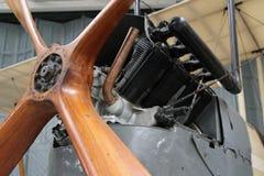 Kunglig flygplanfabrik R E sikt för motor för spaningsplan för 8 två-Seat kår Royaltyfri Fotografi