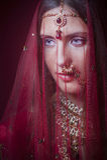 Kunglig hinduisk brud Arkivbild