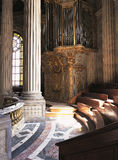 Kunglig kapellorganVersailles slott Frankrike Royaltyfri Bild
