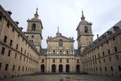 Kunglig kloster av El Escorial nära Madrid, Spanien Royaltyfria Bilder