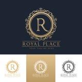 Kunglig mall för logo för ställeboutiquehotell Arkivfoton