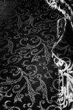 kunglig monogram för siden- torkduk svart white Guld och lyx är Arkivfoto