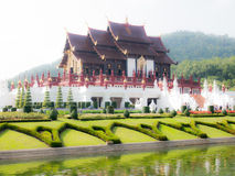 Kunglig paviljong i royalparkrajapruek Arkivbild