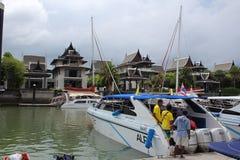 Kunglig Phuket marina Arkivfoto