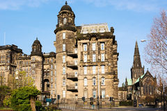 Kunglig sjukavdelning och St-mungos domkyrka i Glasgow Arkivfoto