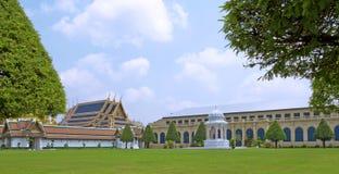 Kunglig storslagen slott i Bangkok Fotografering för Bildbyråer