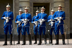 kunglig svensk traditionell likformig för guard Arkivbilder