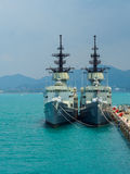 Kunglig thai skeppsdocka för fregatt för marinknoxgrupp i den sjö- grunden Thailand för sattahip Fotografering för Bildbyråer