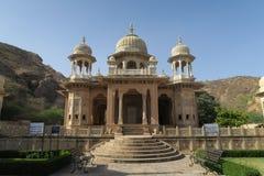 Kungliga cenotafier i Jaipur arkivfoto