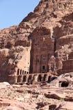Kungliga gravvalv på Petra Royaltyfri Fotografi