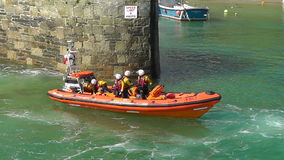 Kungligt nationellt livräddningsbåtinstitut stock video