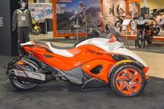 Kunna-är den Spyder ST-motorcykeln 2015 royaltyfri fotografi