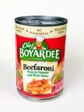 Kunna av kocken Boyardee Beefaroni arkivbilder