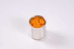 Kunna av skalade tangerin arkivfoto
