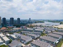 26 kunnen 2018, Bangkok:: luchtmening van dorp in stad Royalty-vrije Stock Afbeelding