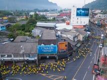 26 kunnen 2018, phang-Nga:: liefdadigheid in phang-Ngastad die in werking wordt gesteld Royalty-vrije Stock Fotografie