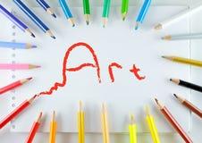 Kunst, Bleistifte und Notizbuch Lizenzfreie Stockfotos