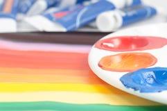 Kunst der farbigen Palette mit Rohren Lizenzfreie Stockbilder