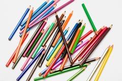Kunst en creativiteit Kleurrijke potloden Stock Foto's