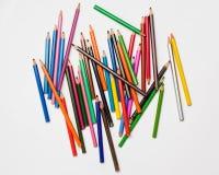 Kunst en creativiteit Sluit omhoog kleurrijke potloden Stock Foto