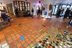Kunst intérieur Haus Wien (musée de Hundertwasser) Photos libres de droits