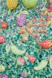 Kunst van verglaasde tegelvruchten op heiligdomsmuur Royalty-vrije Stock Fotografie