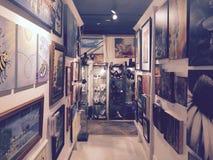 Kunst wird in den Kellern gefunden Stockbilder