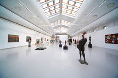 Kunstausstellung der Frauen in den Voraussetzungen der neuen Arena Lizenzfreie Stockfotografie
