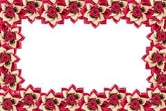 Kunstbloemen op witte achtergrond worden geïsoleerd die Royalty-vrije Stock Foto