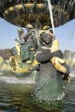 Kunstbrunnen in Paris, place de la Concorde Stockfotografie