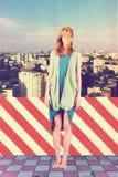 Kunstcollage mit schöner Frau stockfotografie